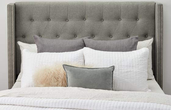 Queen size bed pillow display