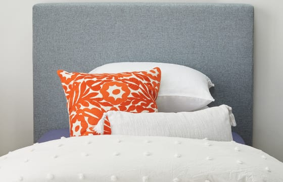 Single bed pillow display